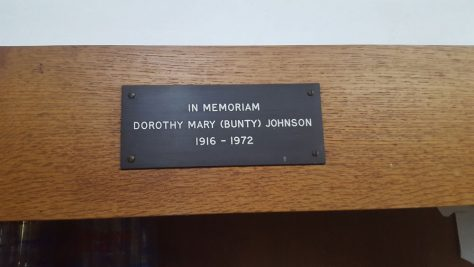 Memorial to JOHNSON Dorothy Mary 1972