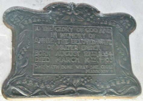 Memorial to EMDEN Annie 1903