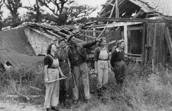Harry Curling and Landgirls of the Women's Land Army at Reach Court Farm