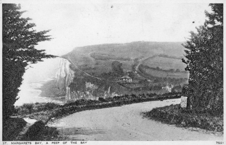 From Hotel Road, a view across the Bay looking South, postmarked 13/08/1934