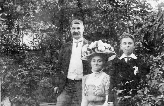 Madge family group portraits. c. 1905