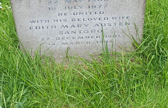 Gravestone of SANTORO Lewis Macruer 1972; SANTORO Edith May Austen 1999