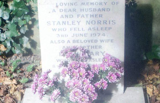 Gravestone of NORRIS Stanley 1974; NORRIS Ruth Mary 2000