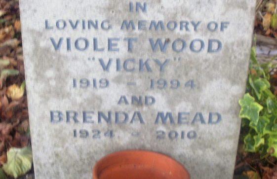 Gravestone of MEAD Brenda Daphne Douglas 2010; WOOD Violet Beatrice 1994