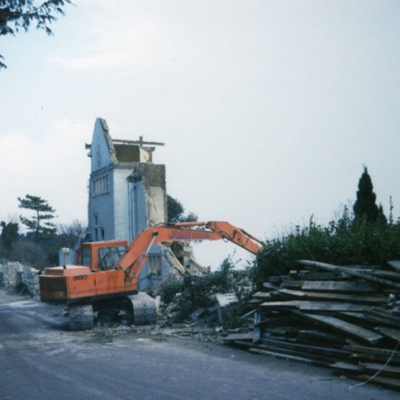 Demolition of the Granville Hotel, Hotel Road.  c1996