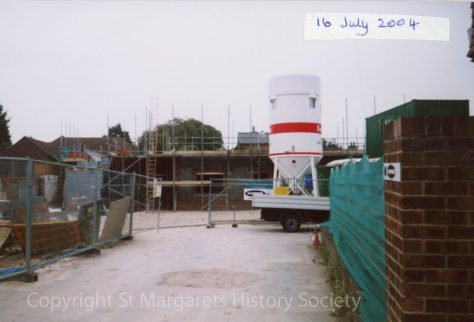 Site of the former Knoll Garage, High Street.  16 July 2004