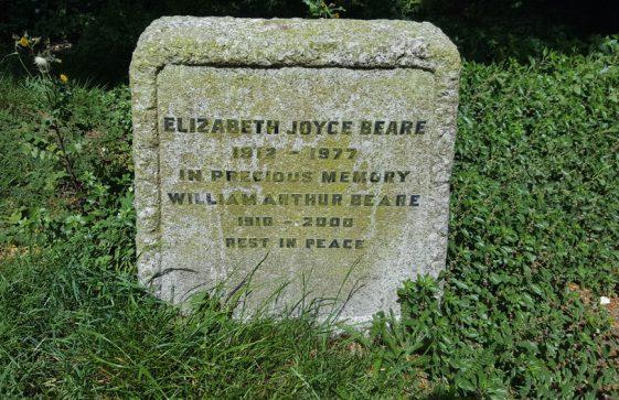 Gravestone of BEARE Elizabeth Joyce 1977; BEARE William Arthur 2000
