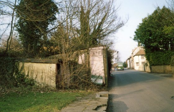 Sea Street: The old Kenway site before clearance. 2006