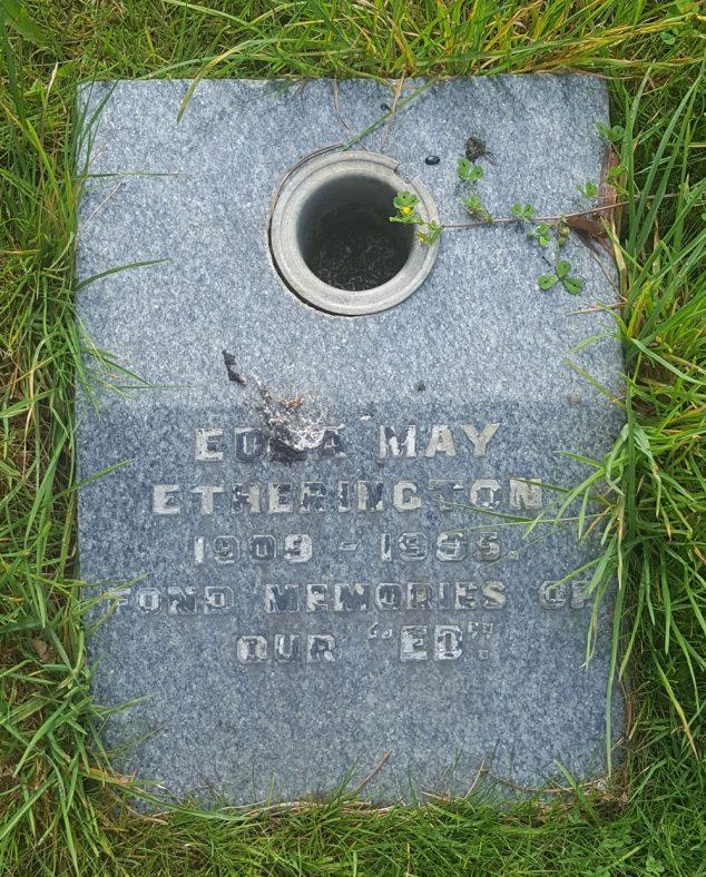 Gravestone of ETHERINGTON Edna May 1985 | Dawn Sedgwick