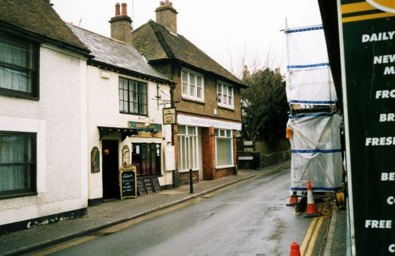 High Street, Smugglers and Knotts Lane March 2006