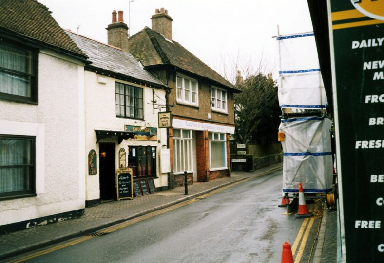 A view of the High Street, March 2006
