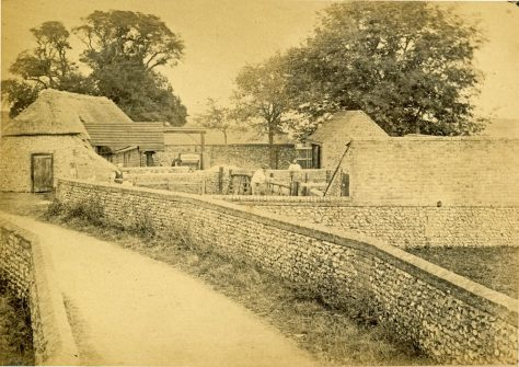Well House Farm, Chapel Lane c1900 - and the same site in 1984