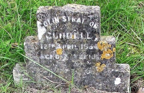 Gravestone of CUNDELL Colin Stratton 1934