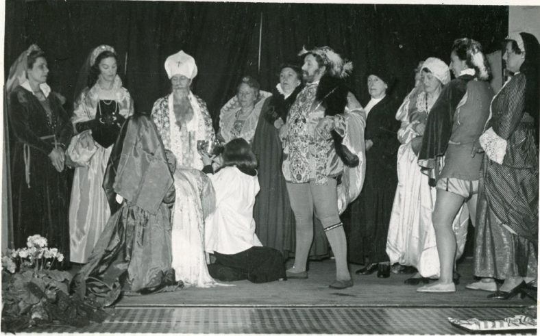 Cast  of 'Christening of Elizabeth I', play produced by St Margaret's Players