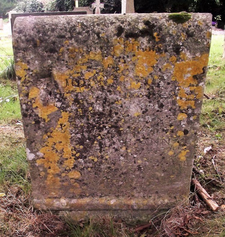 Gravestone of FINNIS John 1934; FINNIS Sarah Ann 1940 | Dawn Sedgwick