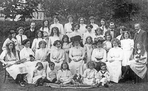 Group photograph of the staff and pupils of Penlee School. c1910