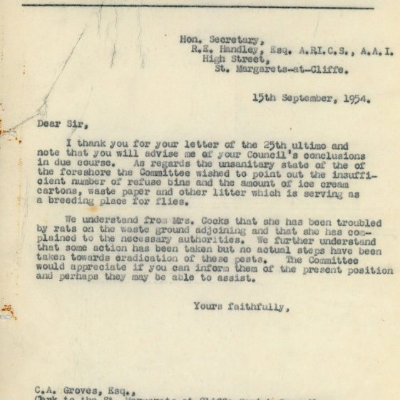 Letters between Ratepayers and Residents Association and Parish Council re amenities in The Bay. 1954