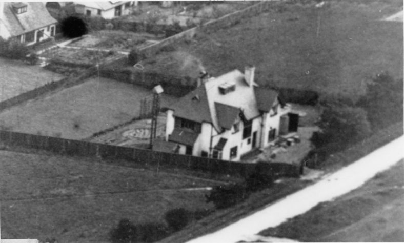 'The Gatehouse', Salisbury Road. Aerial photograph early 20th century