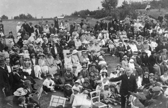 A Concert in Salisbury Road c.1920/21