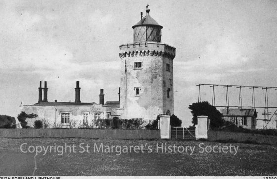 Marconi's Rotating Beam Transmitter at South Foreland Lighthouse. c1930