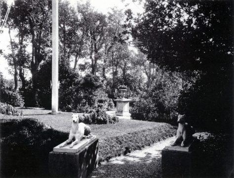 Portal House garden