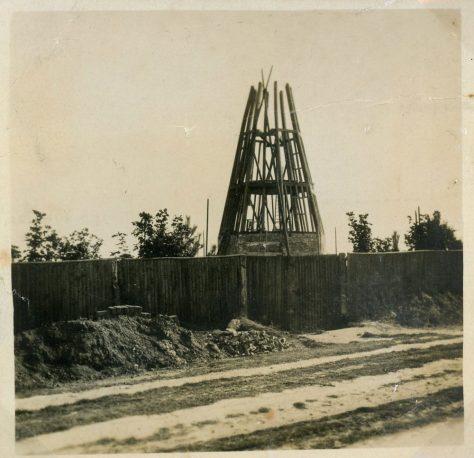 St Margaret's Windmill, construction. 1929