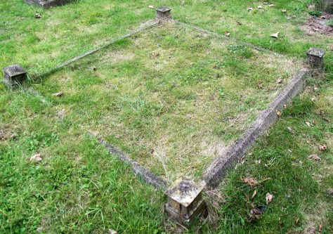 Gravestone of NORRIS William Steven 1928; NORRIS Harriet 1950