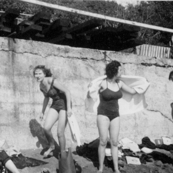 Denoon family at St Margaret's Bay, c.1950/51