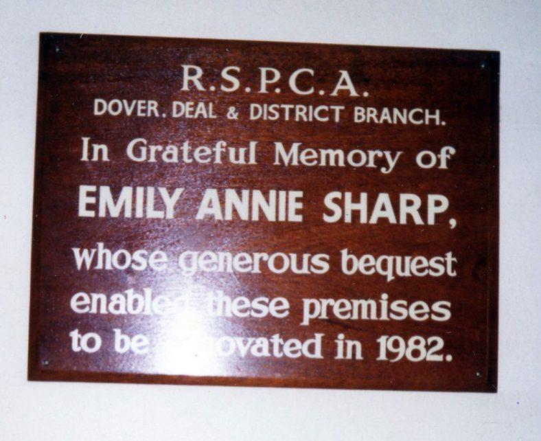 RSPCA memory plaque to Annie Sharpe. 1982
