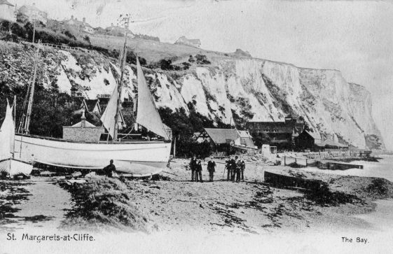 Boats on St Margaret's Bay beach, sent to L Newman postmark 19 October 1901