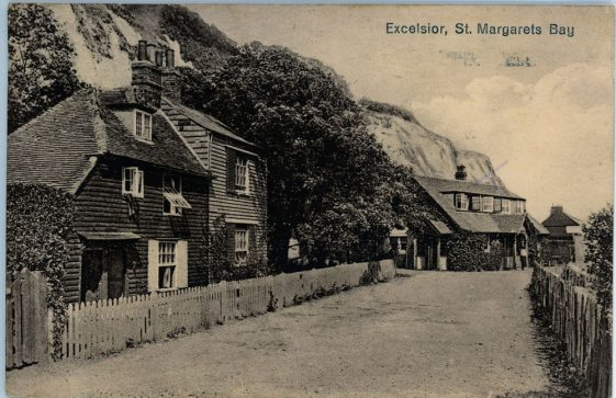 Beechin and Eglinton Cottages and Excelsior Tea Rooms, St. Margaret's Bay. postmark 1927