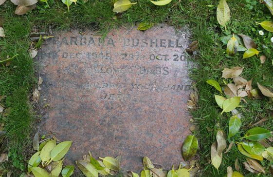 Gravestone of BUSHELL Barbara 2000