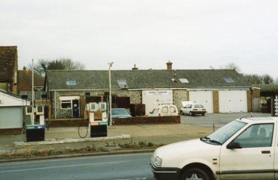 Knoll Garage