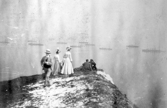 Viewing the Fleet c.1900