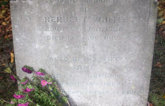 Gravestone of WHITE Herbert John Frederick 1989; WHITE Jane 1994