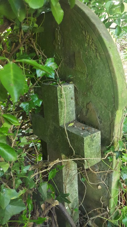 Gravestone of CLEAL Edward 1903; Gravestone of HORNER Reginald George 1904 | Dawn Sedgwick