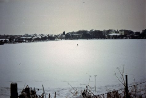 Sea Street and Droveway Gardens in the snow. January 1985