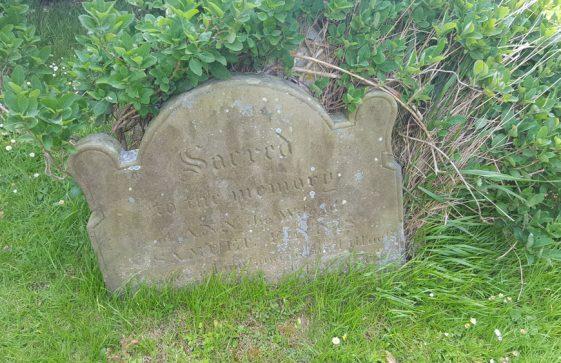 Gravestone of FINNIS Ann 1841