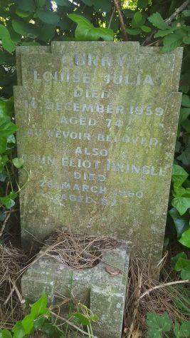 Gravestone of CURRY Louise Julia 1959; PRINGLE John Eliot 1960