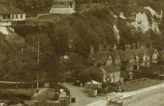 Aerial view of St Margaret's Bay and Granville Hotel, Hotel Road. postmark 1938