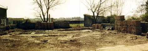 Site in Droveway Gardens ready for the erection of a bungalow.  1986