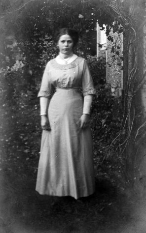 Annie Sharpe as a young lady