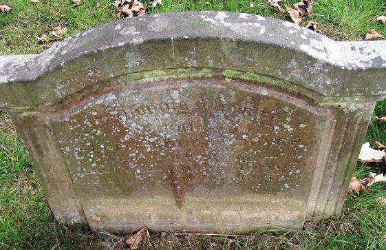 Gravestone of JOYCE Ellen Louisa 1946; JOYCE Muriel Mary 1948