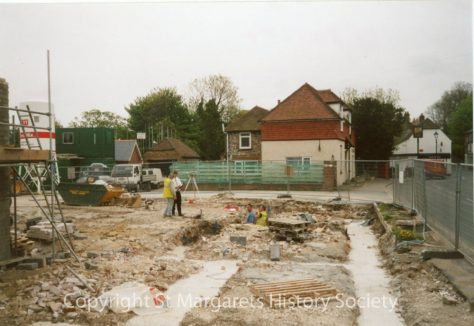 Site of the former Knoll Garage, High Street.  7 May 2004.
