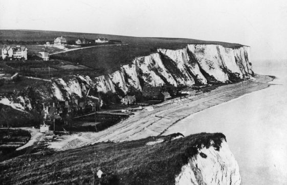 St Margaret's Bay from Ness Point. c1887-1900