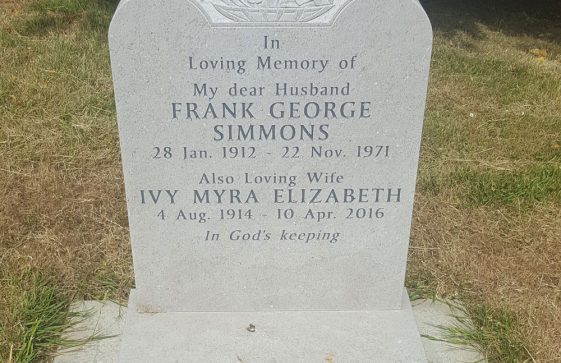 Gravestone of SIMMONS Frank George 1971; SIMMONS Ivy Myra Elizabeth 2016