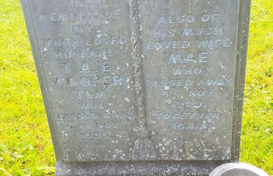Gravestone of COOPER Thomas A E 1989; COOPER Mae 1999