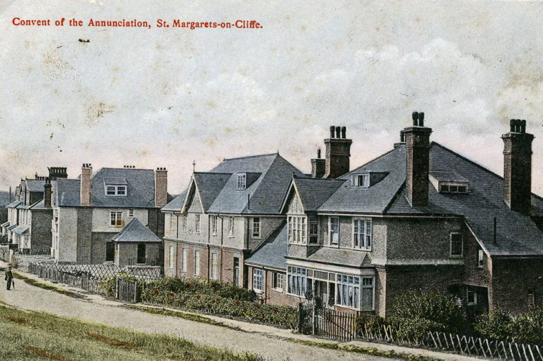 Convent of the Annunciation, The Droveway. sent to Mrs Newman, postmarked 30 October 1906