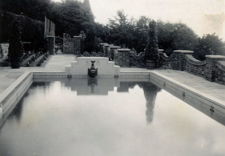 Swimming pool at South Foreland House, Hotel Road. c1910
