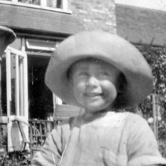 Madge Family photographs of young child in Well Lane
